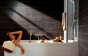 bathtub shower picture