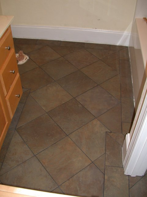 Bathroom tile flooring kris allen daily for Small bathroom flooring ideas