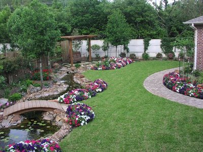 Simple backyard garden ideas photograph simple backyard la for Easy backyard landscaping