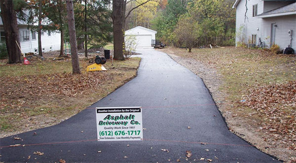 black top driveway illustration