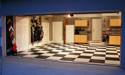 Garage design for family kris allen daily for Garage decorating ideas