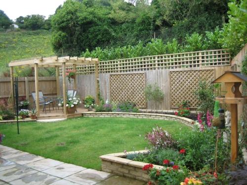 Garden design kris allen daily for Jardines de casas particulares